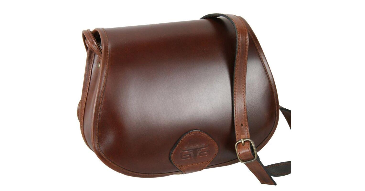 77777a3bcdc4 Közepes méretű Blazek bőr vadász táska 18.990 Ft-os áron!