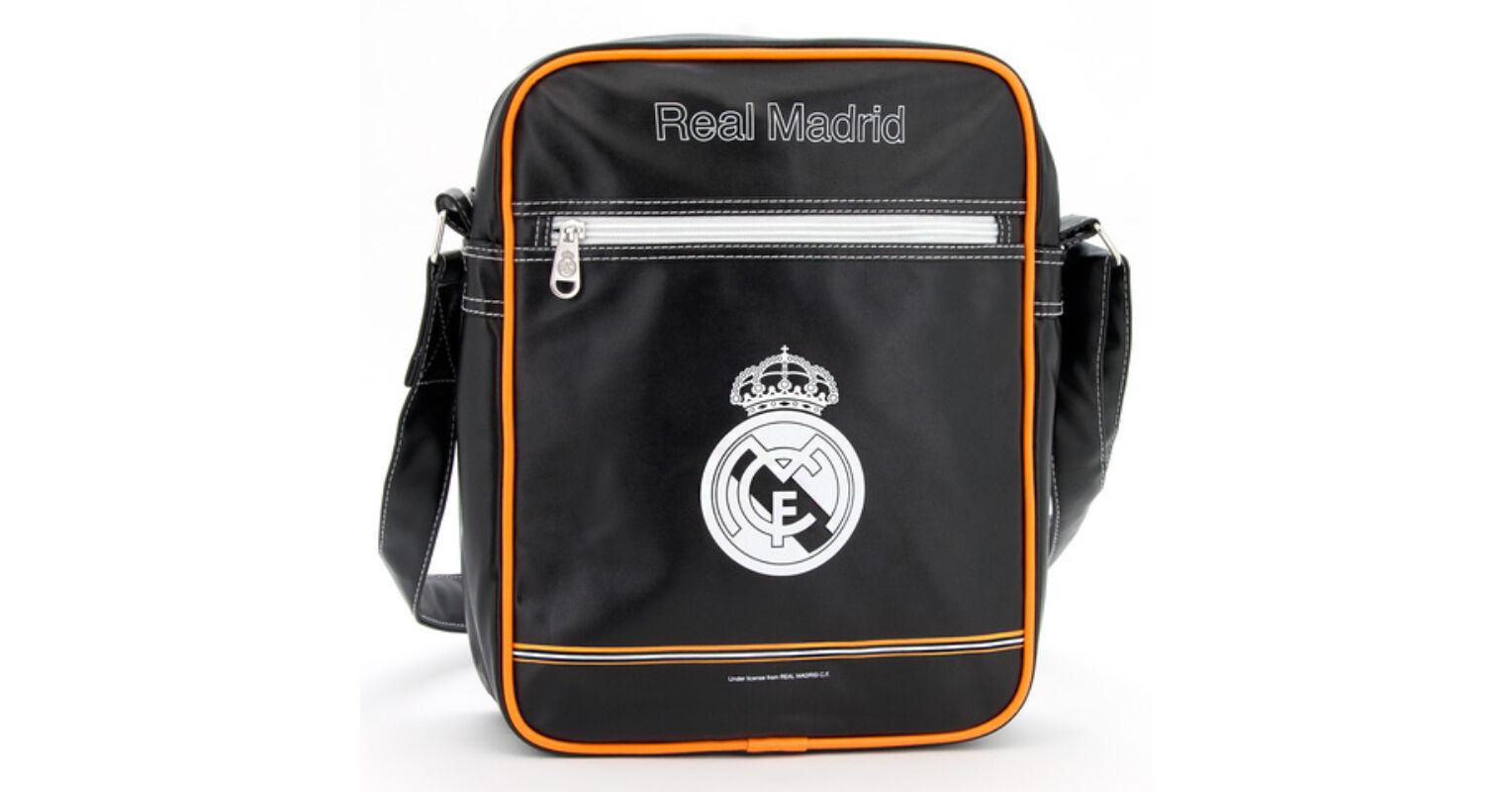 82174a91a605 Real Madrid közepes álló oldaltáska 8.716 Ft-os áron!