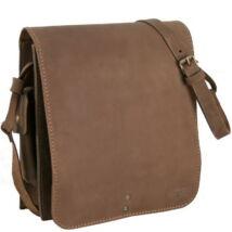 Elegáns Bőr vadász táskák a Bagbox webáruházban 39c12ca86c