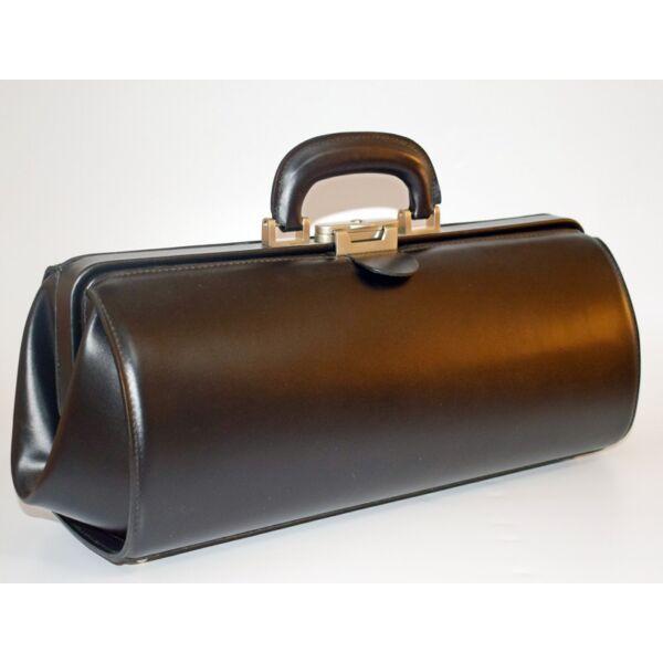 Keskeny, klasszikus fekete bőr orvosi táska 41x14x18 cm