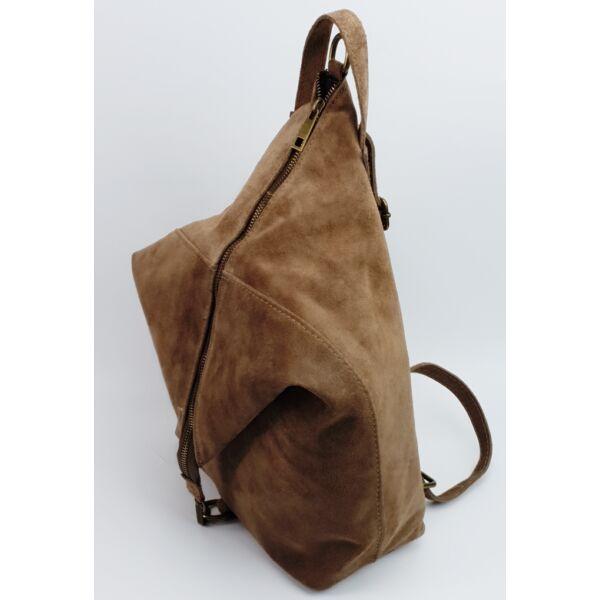 Maxmoda mogyoró szín hasított bőr női hátizsák