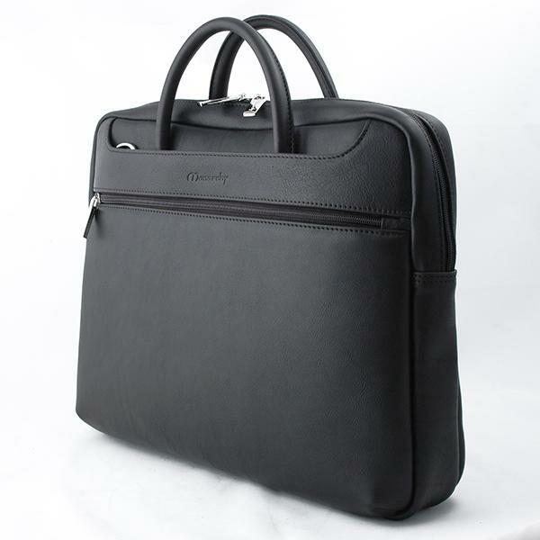 Jasper uniszex matt fekete bőr laptoptáska 30 x 40 x 10 cm.