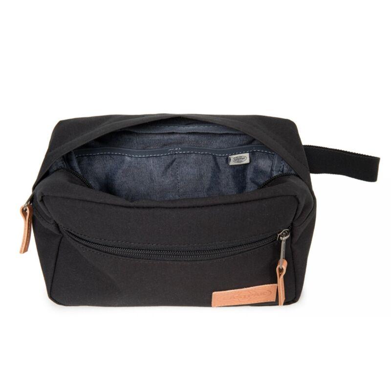 5e2793396a81 Eastpak Yap Super Black kozmetikai, pipere táska, neszeszer 9.990 Ft ...